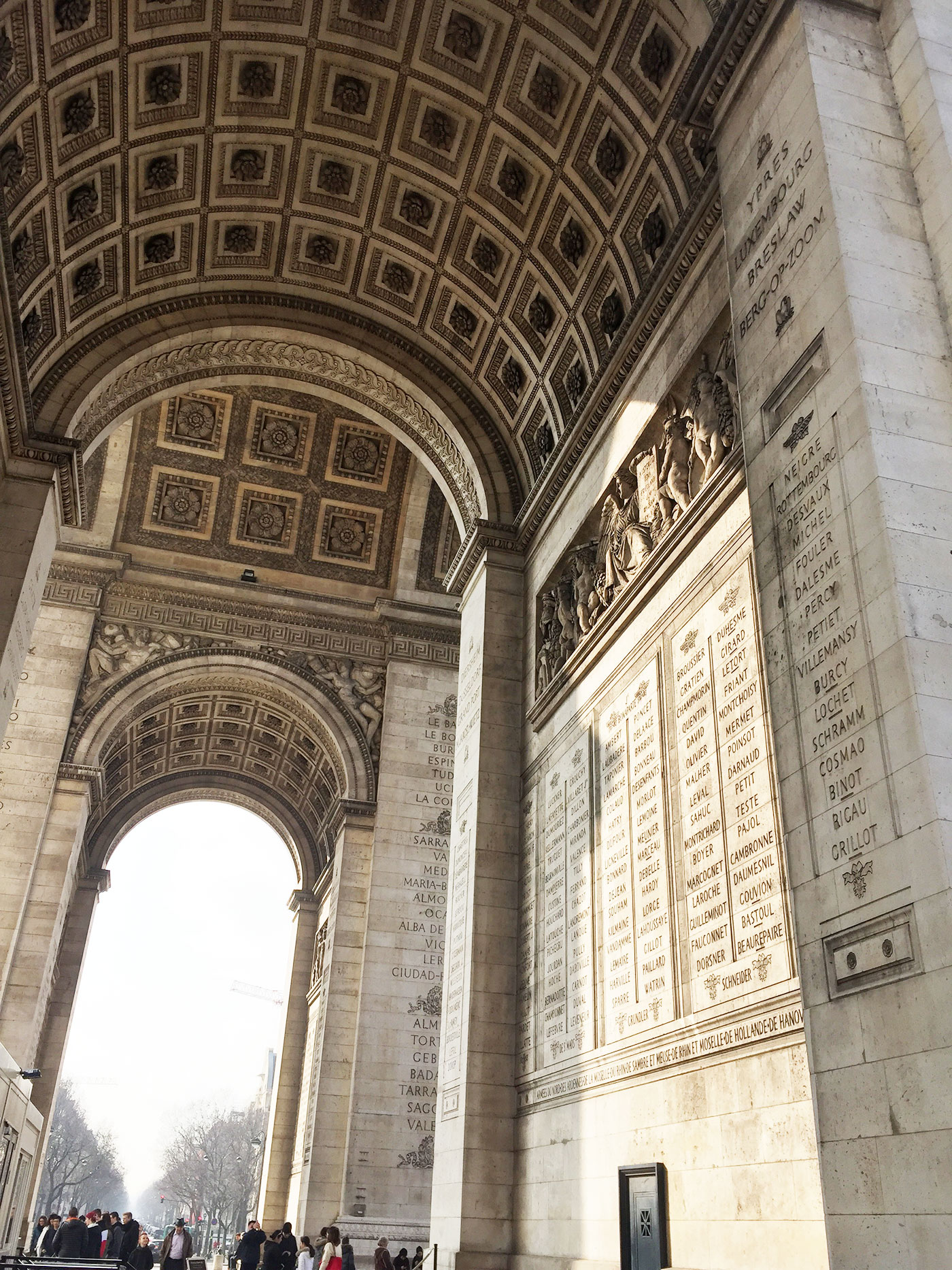 Triumfbuen-paris-frankrig-bygningsvaerk